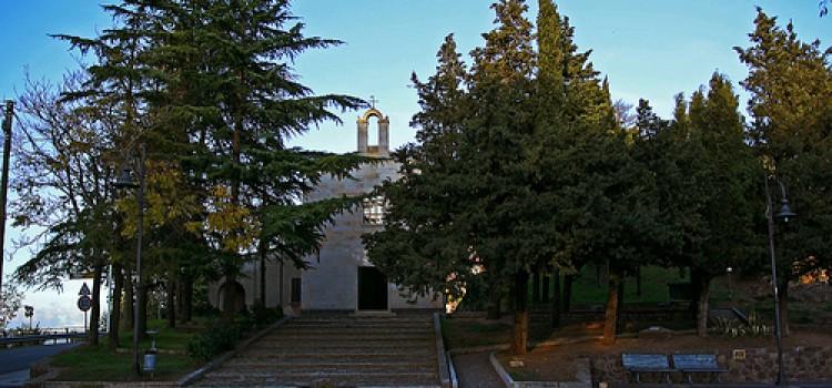 """L'VIII Giornata Nazionale del Trekking Urbano """"Nuoro tra musei, arte e paesaggio"""" 31 OTTOBRE 2011"""