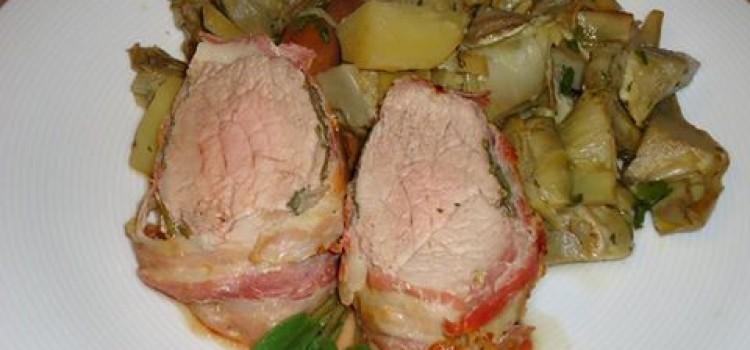 Secondo: Filetto di maiale e carciofi in tegame.