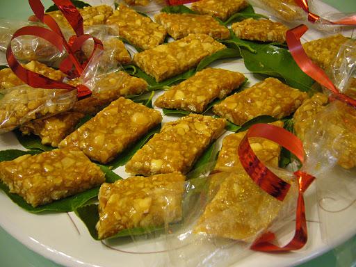 Su gateau de mendula dolci sardi ricette sardegna for Ricette dolci sardi