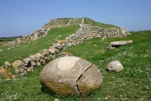 Sassari - altare nuragico monte accoddi