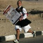 maratoneta andrea mulas in costume sardo