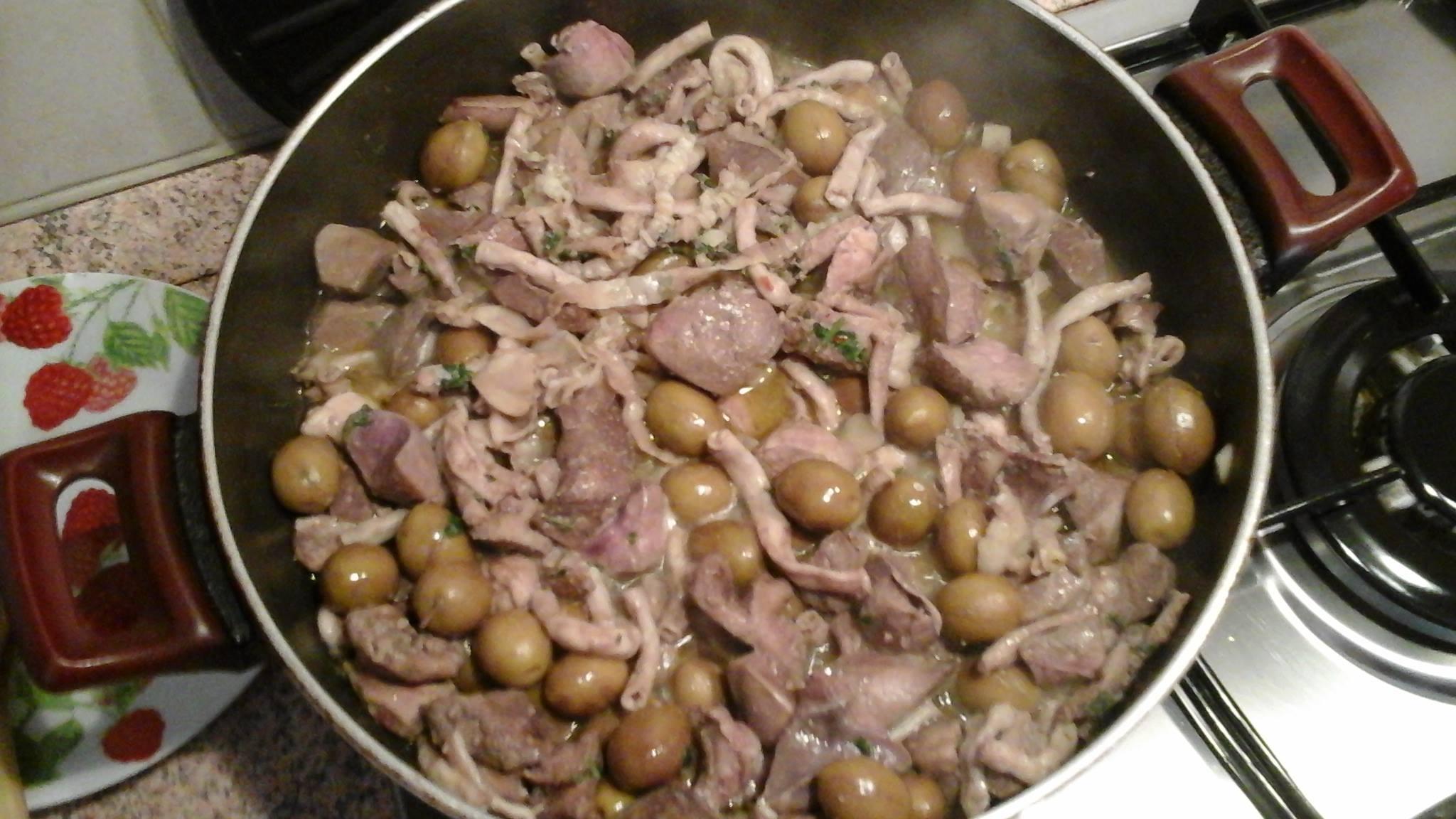 Coratella e olive sarde – Tattalliu e ariba a cunfettu